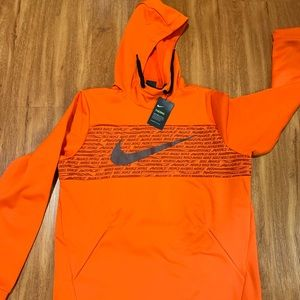 Nike Dri Fit Pullover Therma Hoodie NWT